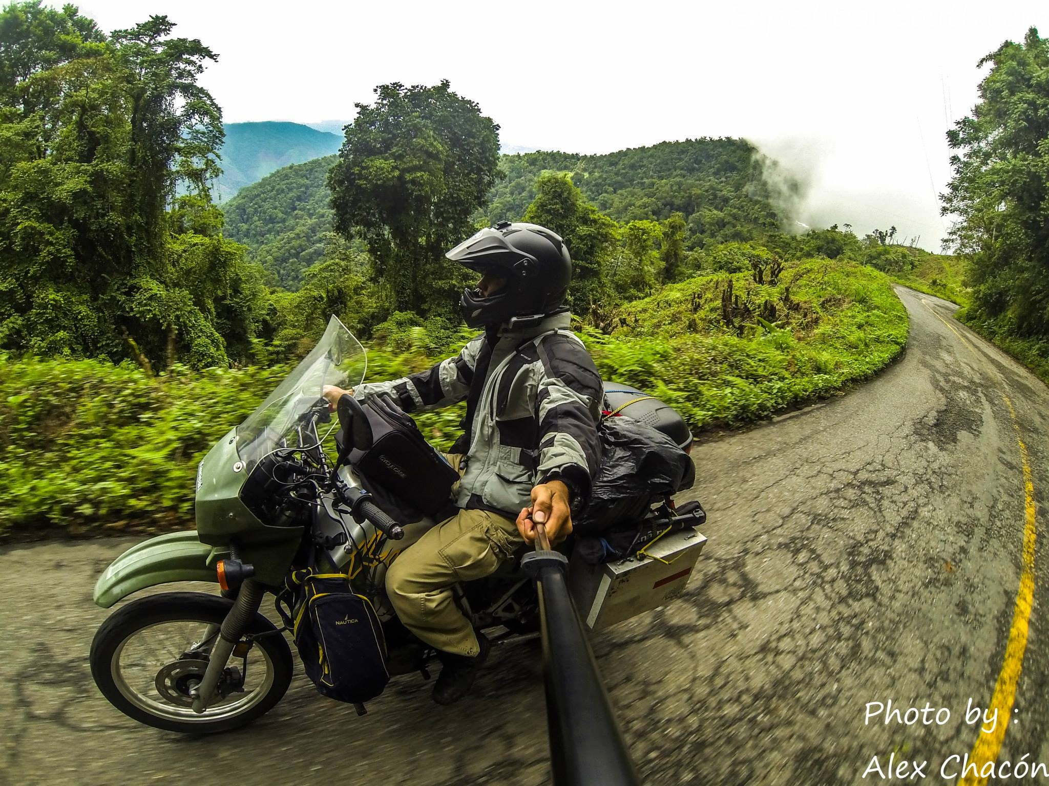 Alex Chacon, un périple à moto en Amerique Latine