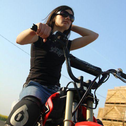 Sarah Lezito, jeune stunteuse française
