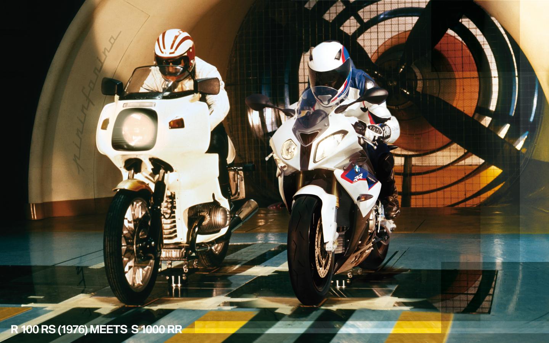 Anniversaire BMW, 90 ans : Une R 100 RS et une S 1000 RR