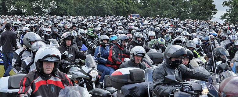 Madone des motards: 20000 motards à Porcaro !