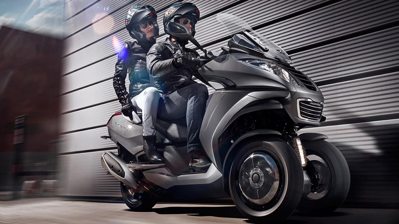Scooter trois-roues Peugeot Metropolis