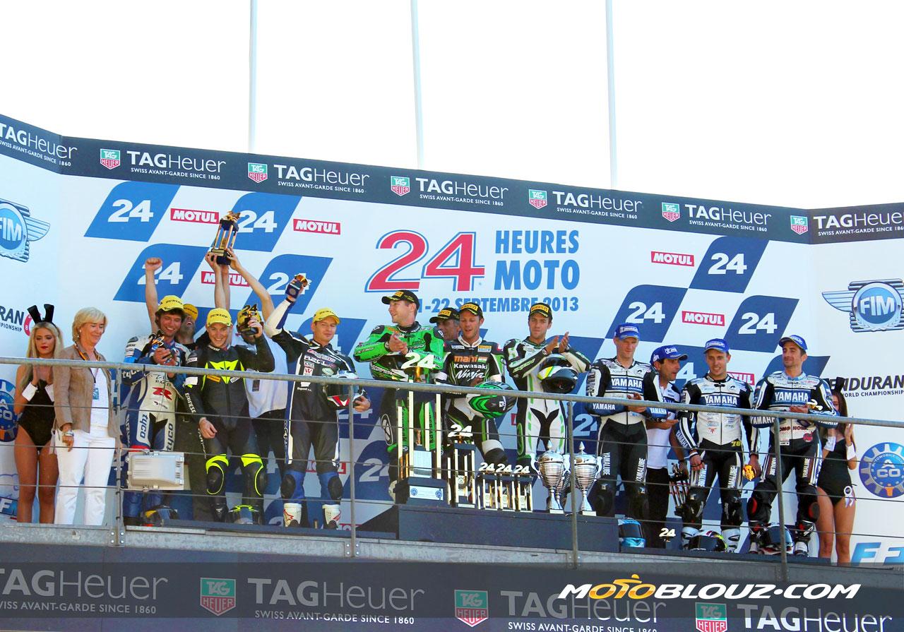 Le team R2CL Motoblouz sur la 2ème marche du podium !