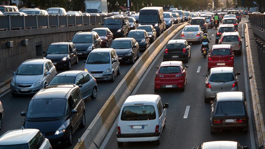 La moto, un bon moyen de fluidifier le trafic pour 85 % des sondés