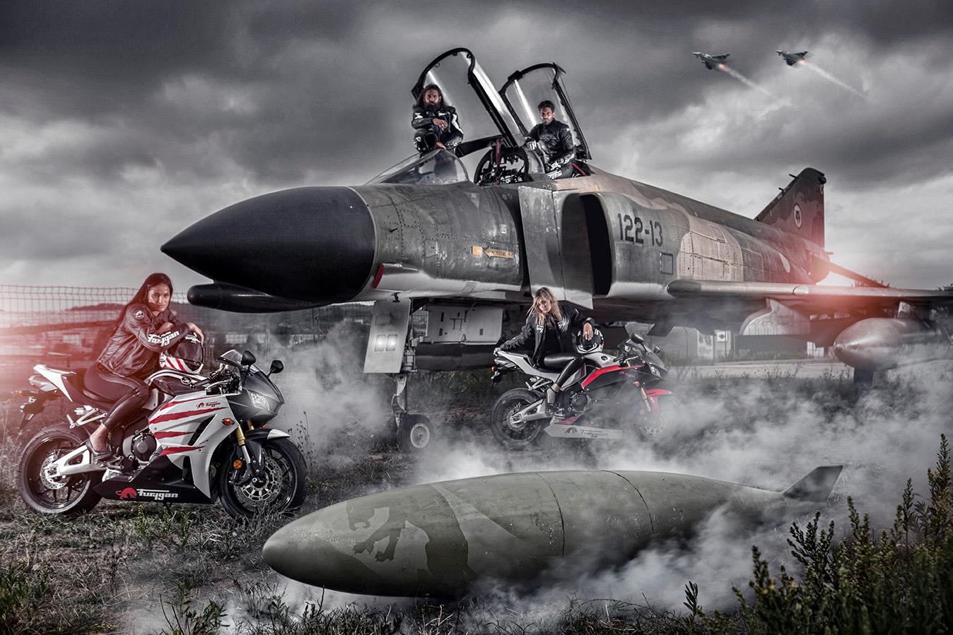 Catalogue Furygan 2014, motardes et avion de chasse