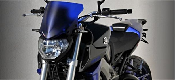 Visuel Ermax équipe la Yamaha MT-09