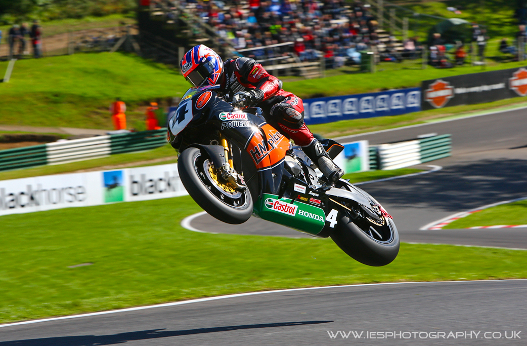 Josh Brookes à Cadwell Park, BSB - iesphotography.co.uk