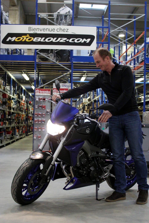 Dominique découvre sa Yamaha MT-09