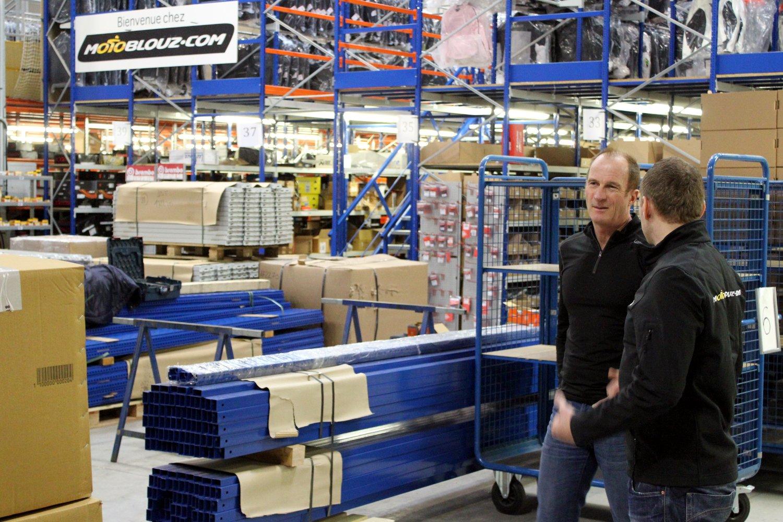 La visite guidée des locaux de Motoblouz.com