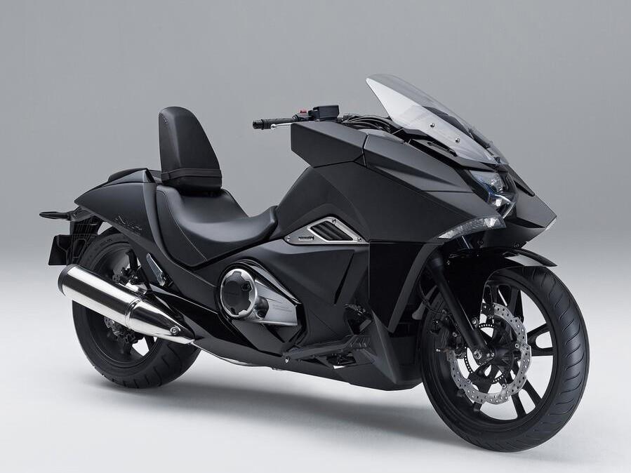 Scooter ou moto ? Impossible de trancher…