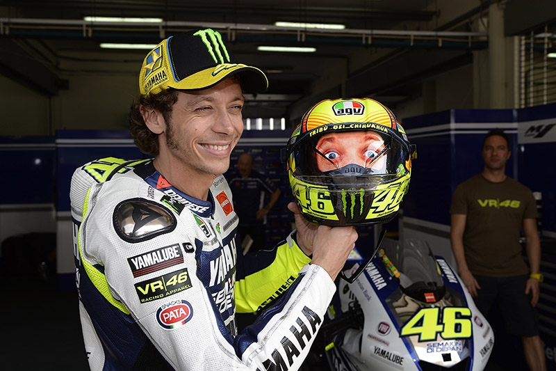 Rossi et son casque AGV Winter Tests 2014