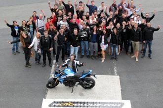 Déborah gagne la Suzuki GSR 750