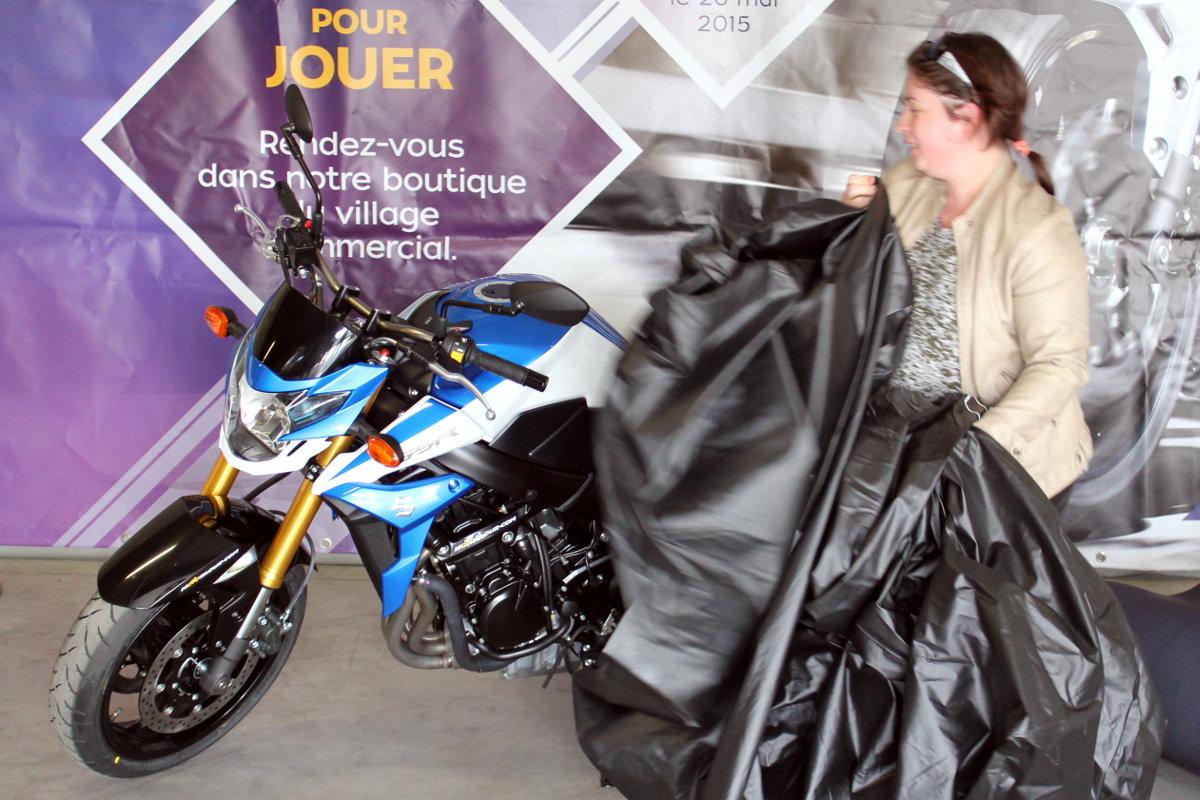 Déborah dévoile la moto qu'elle a remporté !
