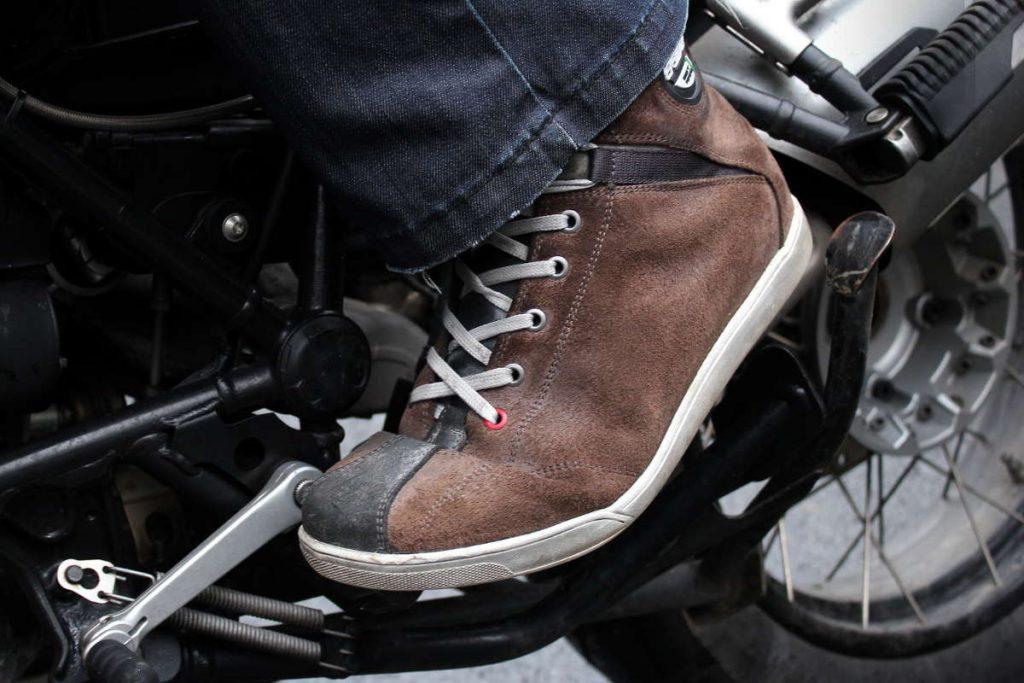 Confortables au quotidien comme à moto
