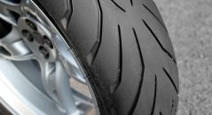 L'Angel GT, pneu routier de Pirelli
