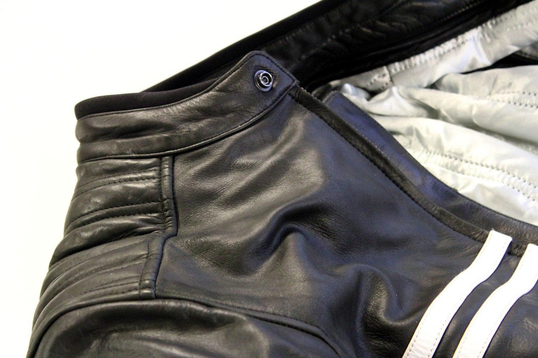 Le cuir apporte sa souplesse au blouson
