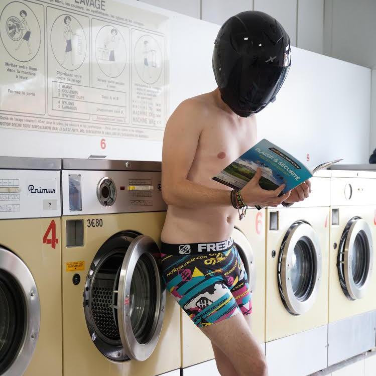 Quelques conseils pour laver son équipement moto textile
