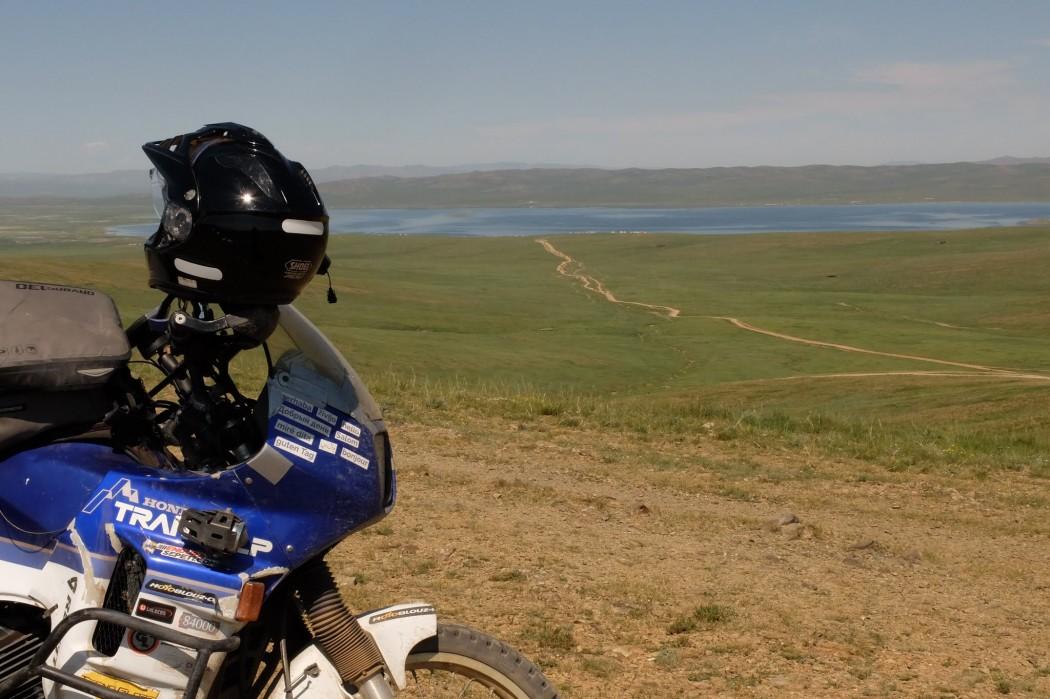 Les interminables pistes de Mongolie