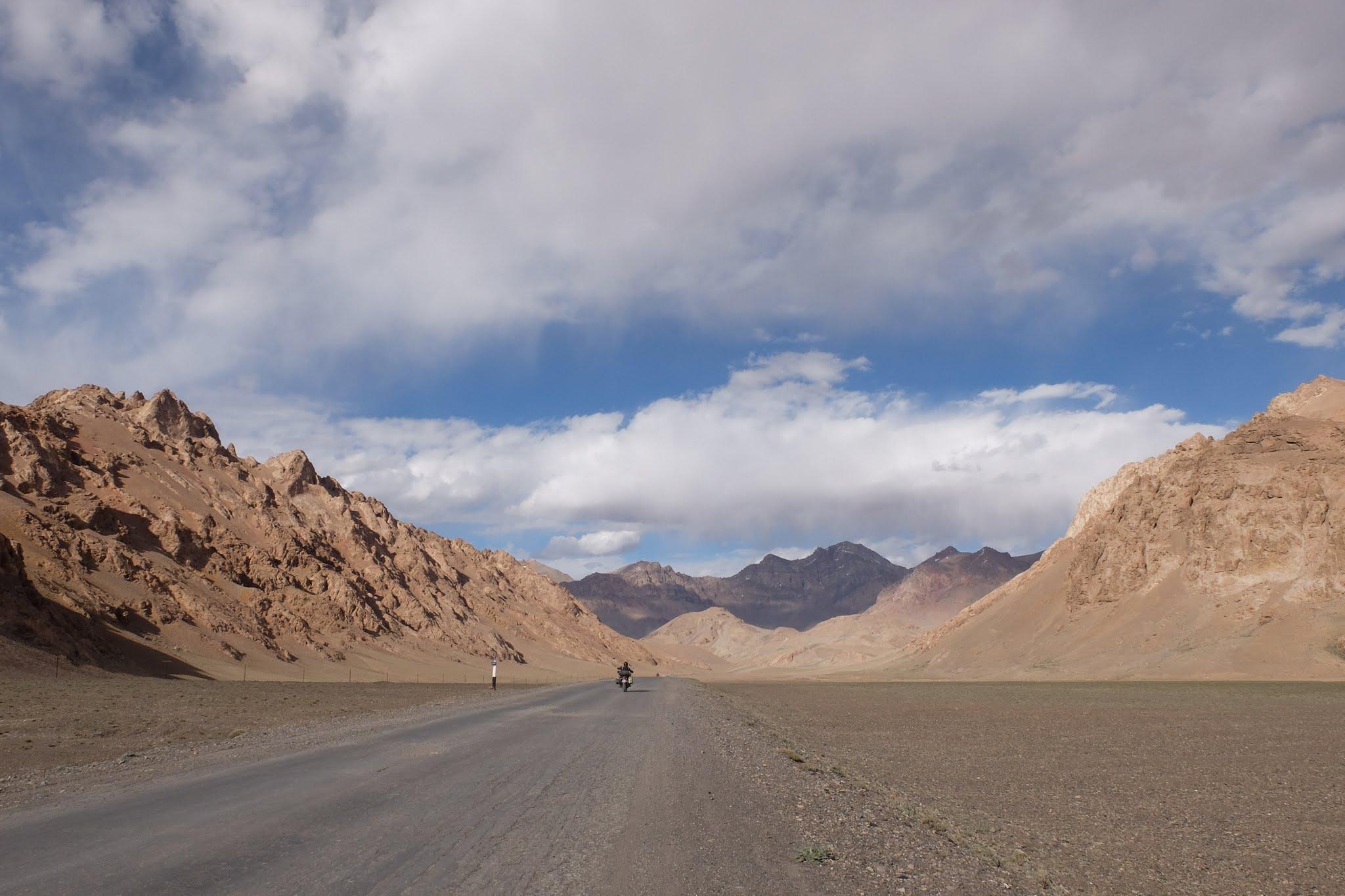 Une piste au Kirghizistan