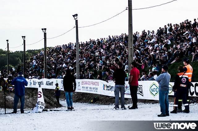 Le supercross réunit du monde