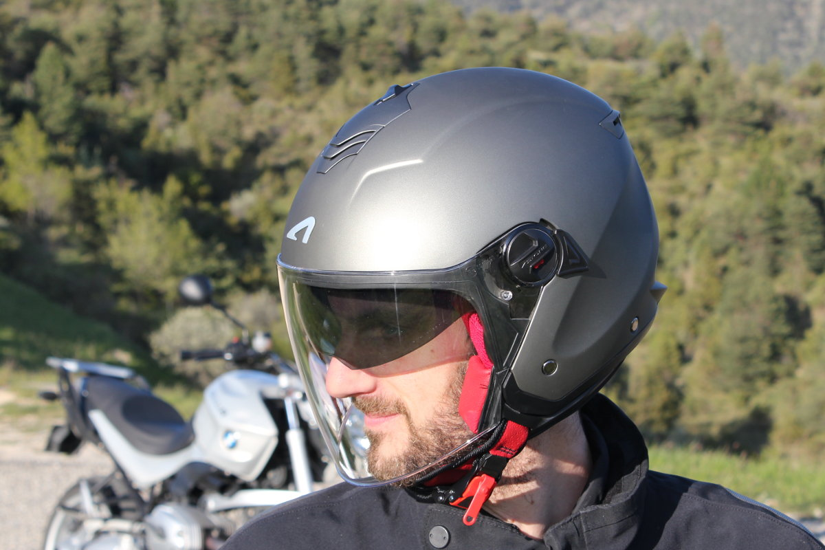 Essai Casque Astone Mini Jet S Enjoytheride