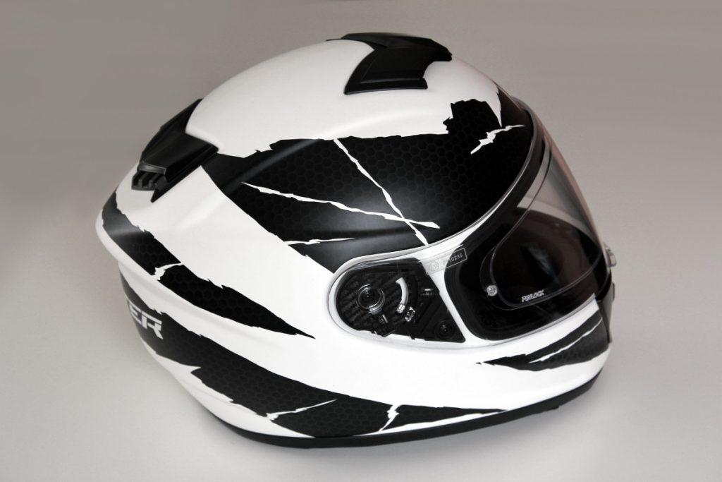 Le casque Dexter Nucléon est l'un des modèles incarnant le renouveau de Dexter