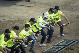 course-de-guidon-sx-lille-2015