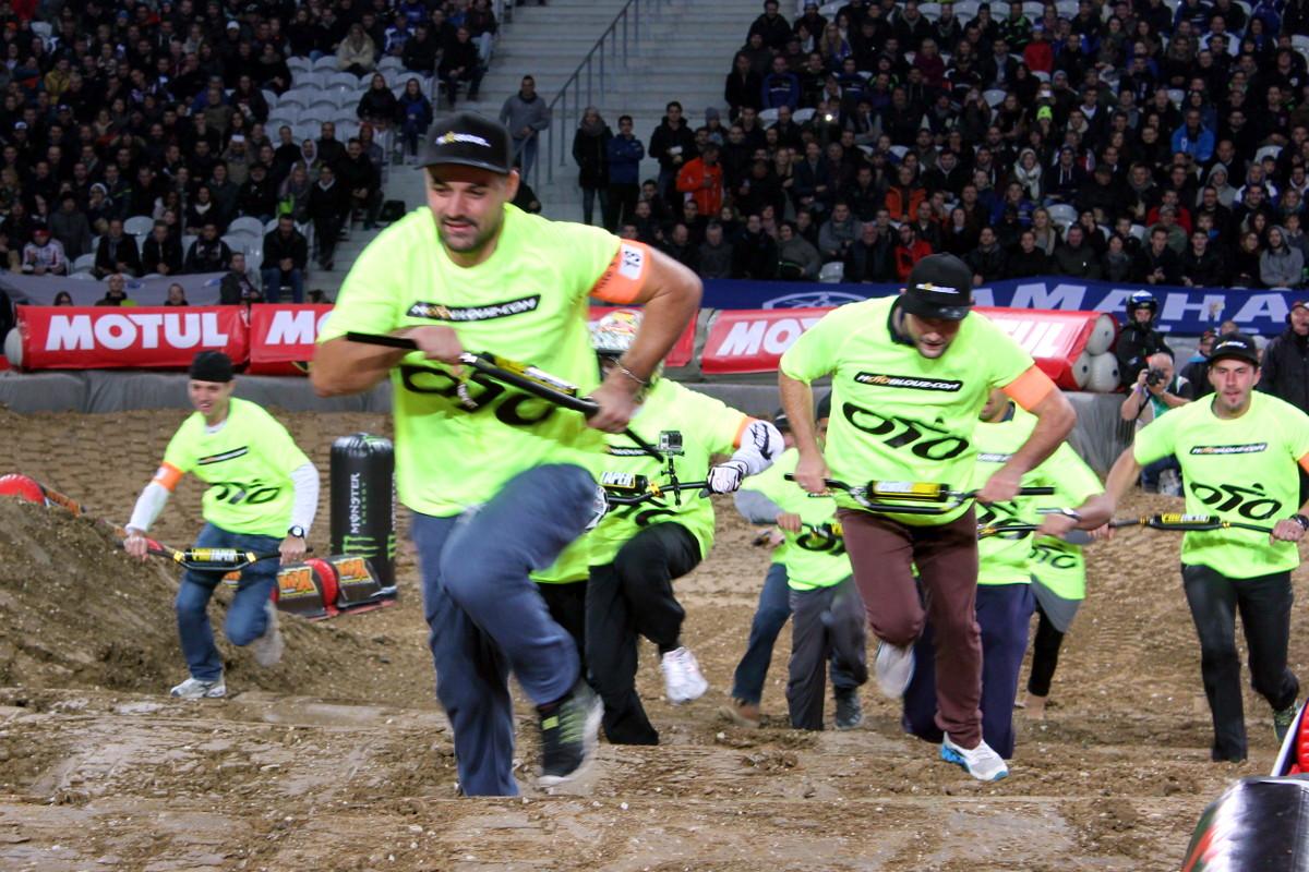La course de guidon Motoblouz, une épreuve qui a fait transpirer les coureurs !