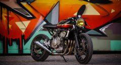 La Honda 600 Hornet modifiée par Jigsaw Customs Motorcycle