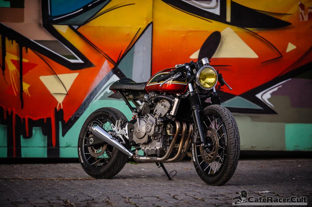 pr paration honda 600 hornet jigsaw customs motorcycle. Black Bedroom Furniture Sets. Home Design Ideas