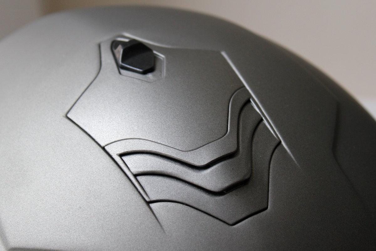 Les ventilations s'intègrent à la perfection dans le design du casque