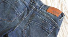 Détail des poches arrières