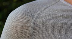 La maille très respirante du DXR Fresh laisse aparaître la peau quand elle est tendue