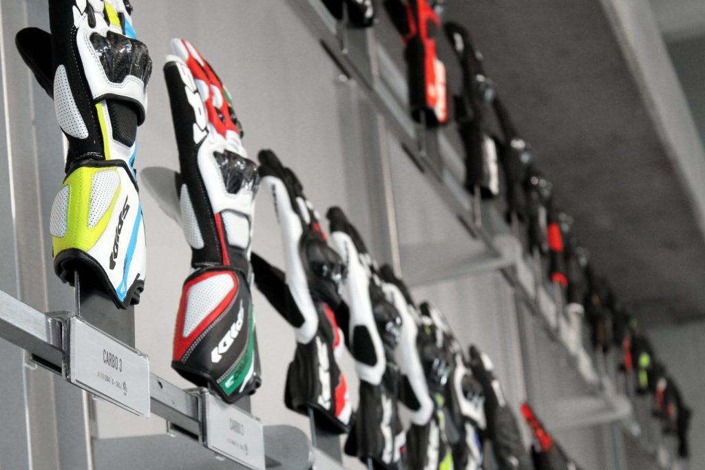Les gants moto, le cœur de métier historique de Spidi
