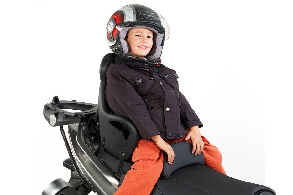 Transporter un enfant à moto, quelques conseils !