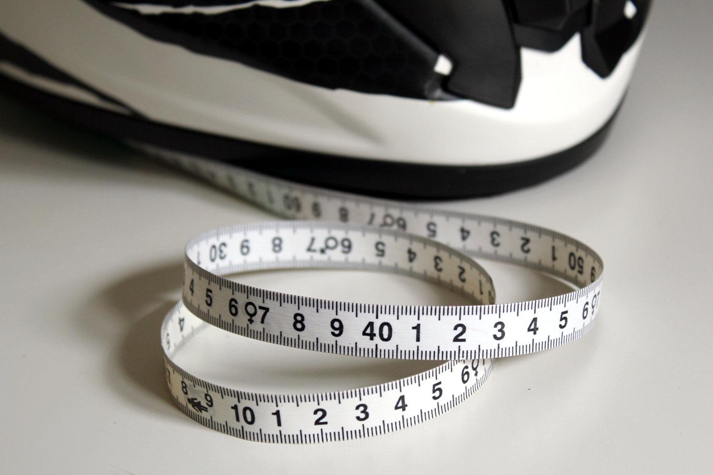 Le mètre de couturière, valeur sûre pour mesurer la taille de son casque