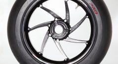 Un pneu dérivé de ceux utilisé en WSBK