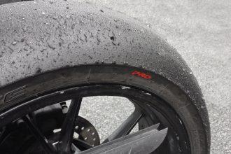 Le Pirelli Diablo Superbike Pro est parfait pour les sessions d'entraînement et les journées de roulage