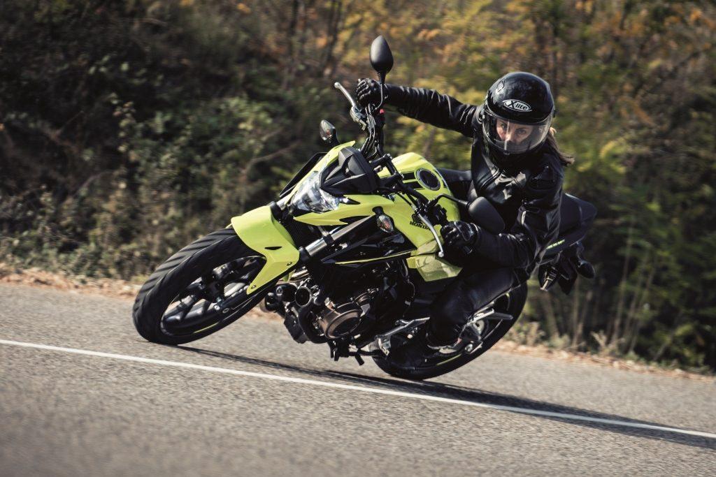 Les motos permis A2 en 47 chevaux restent performantes et amusantes