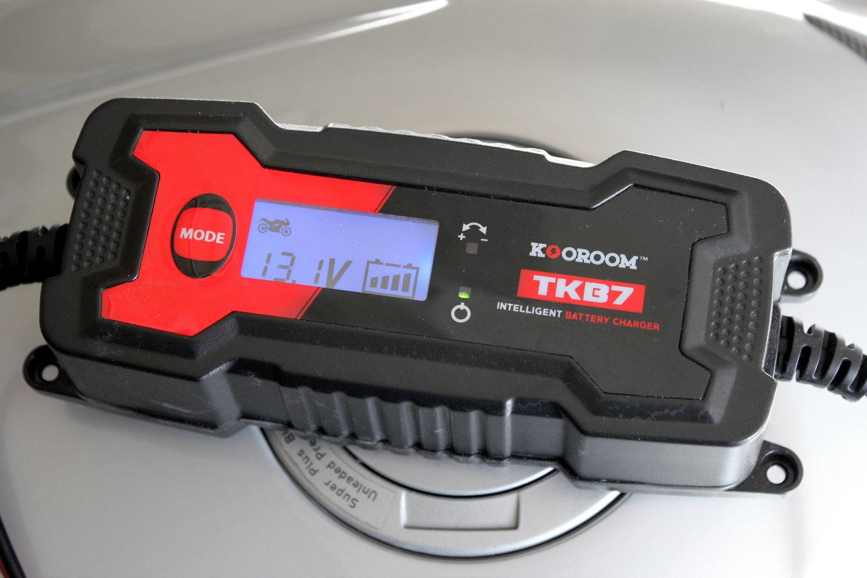 Kooroom tkb7 le mode d 39 emploi de ce chargeur de batterie moto - Maintien de charge batterie ...