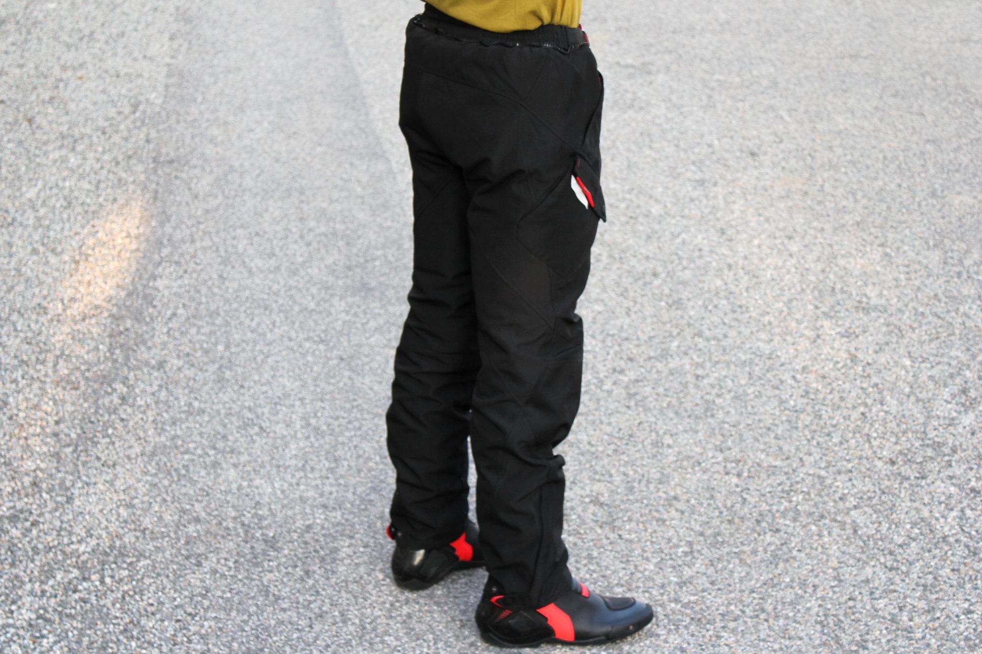 Le pantalon Ixon Crosstour offre une coupe ample