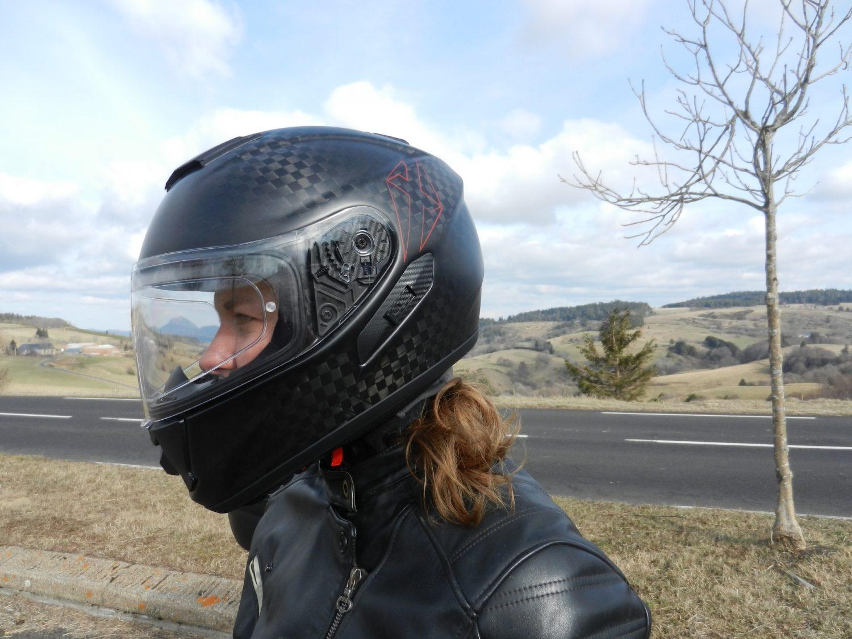 Le Pinlock du casque Dexter Nucleon Carbon