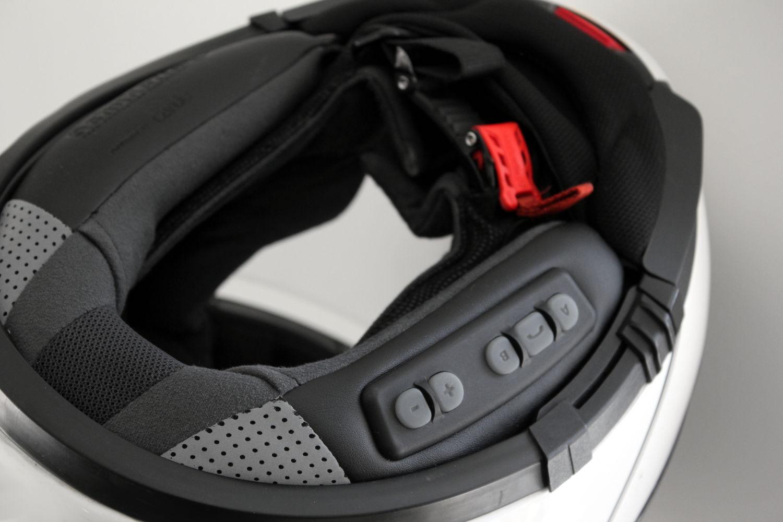 casque moto avec ecouteur integre
