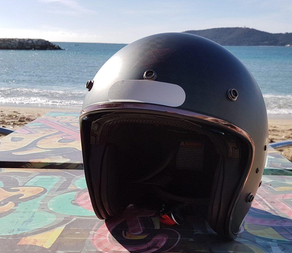 Le Dexter PLUCKER Carbon sous le soleil de la Côte d'Azur