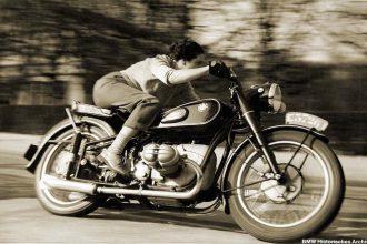 Permis moto quand on est une femme