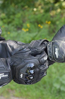 Serrage des gants Furygan AFS 18