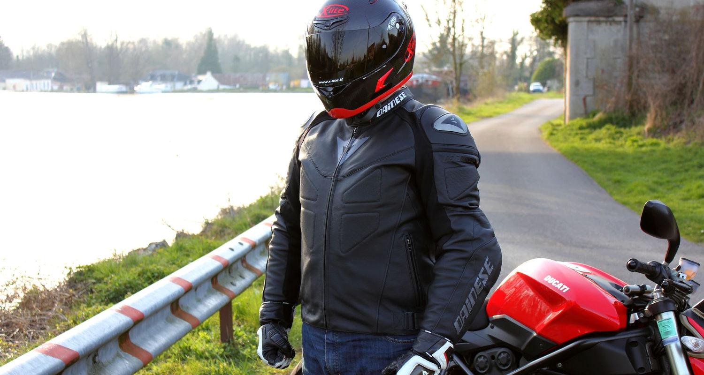 Blouson de cuir motard débutant