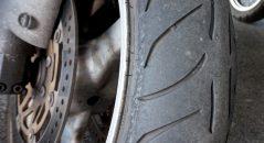 agilité pneu moto Metzeler
