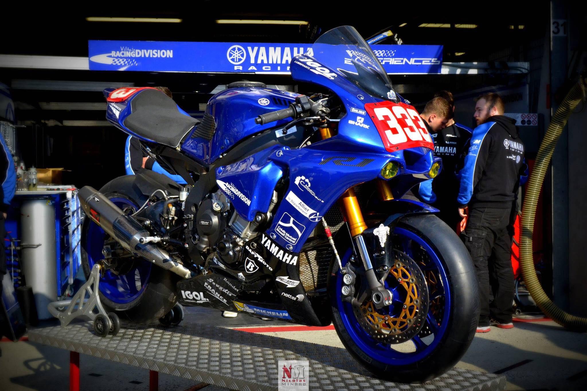 Yamaha R1 Viltaïs Racing