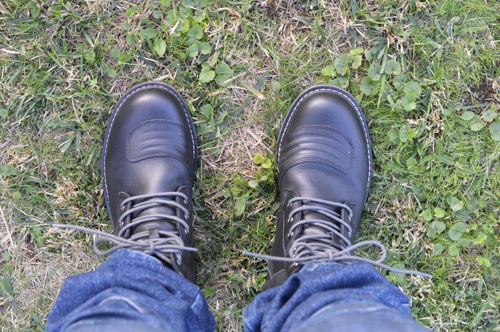 Le look n'est pas aussi typé que celui de vraies bottes moto, mais la protection est au rendez-vous