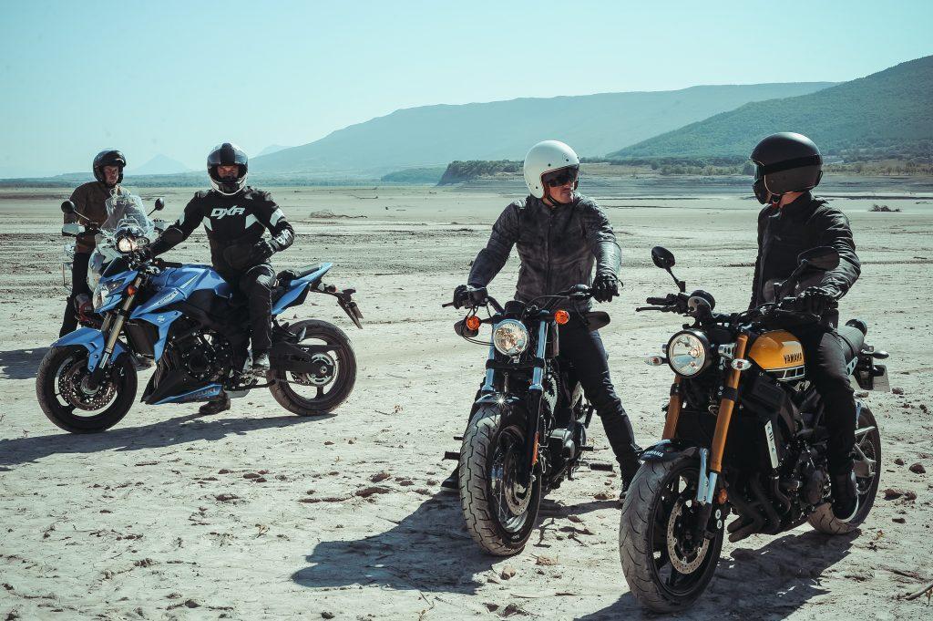 La moto à plusieurs, c'est encore plus sympa quand on peut communiquer !